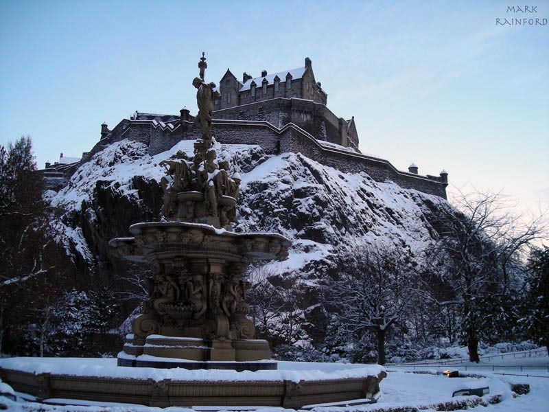 Snowy Edinburgh Castle