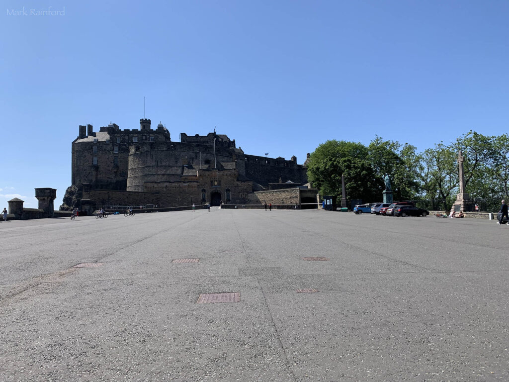 Edinburgh Castle Lock Down