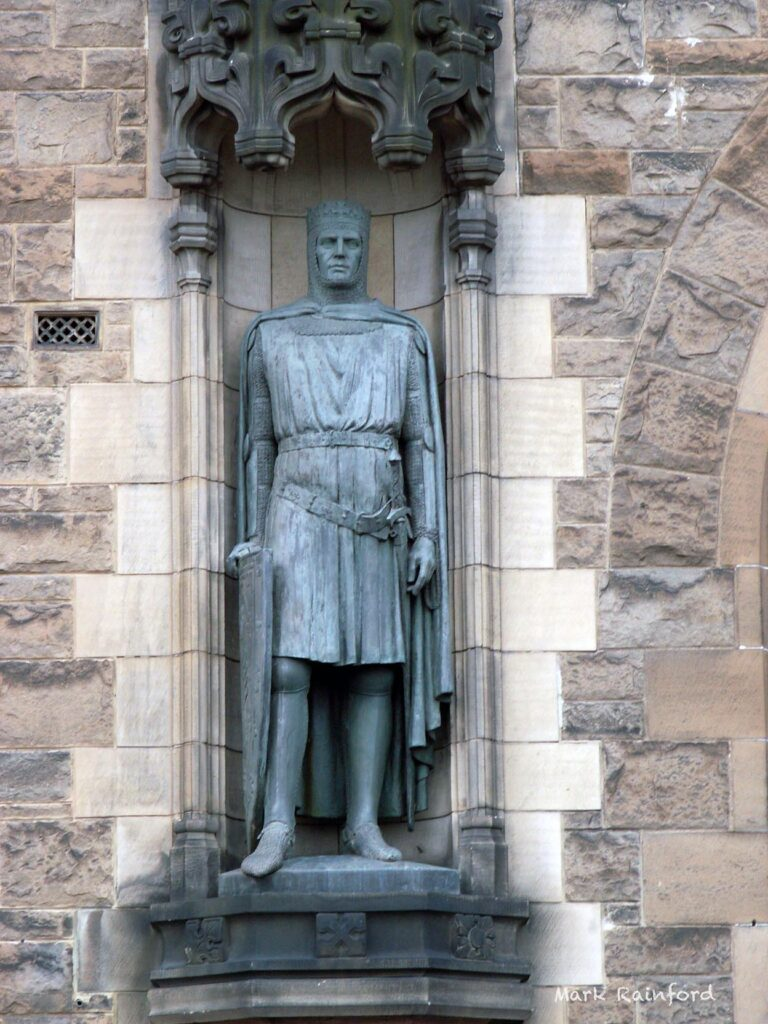 Robert The Bruce Statue Edinburgh